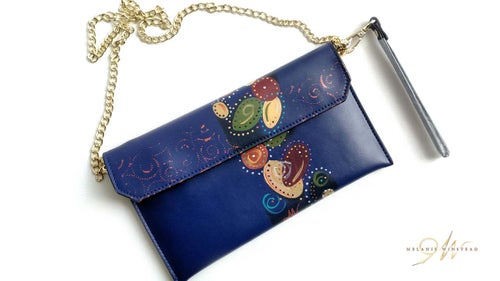 """Image of """"Falling For You"""" Navy Clutch"""