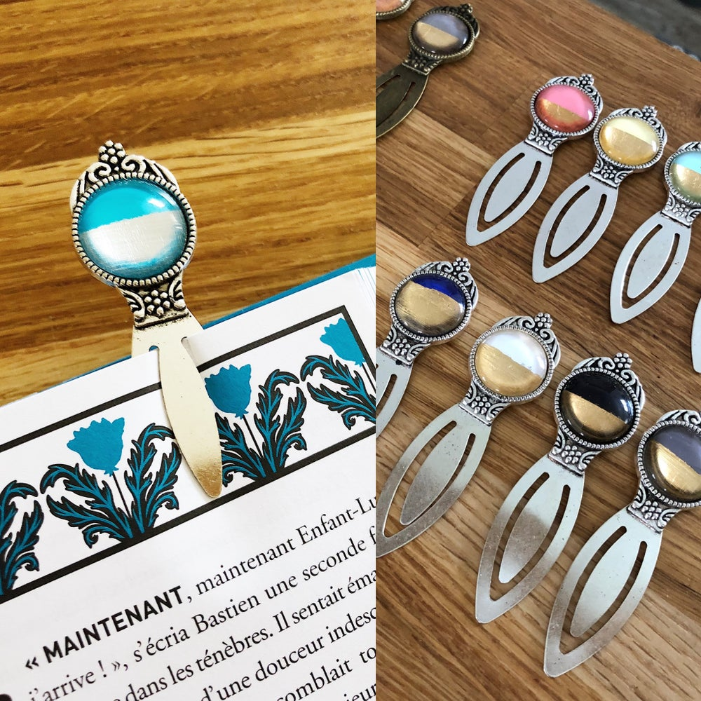 Image of Marque page laiton et perle Scintillante
