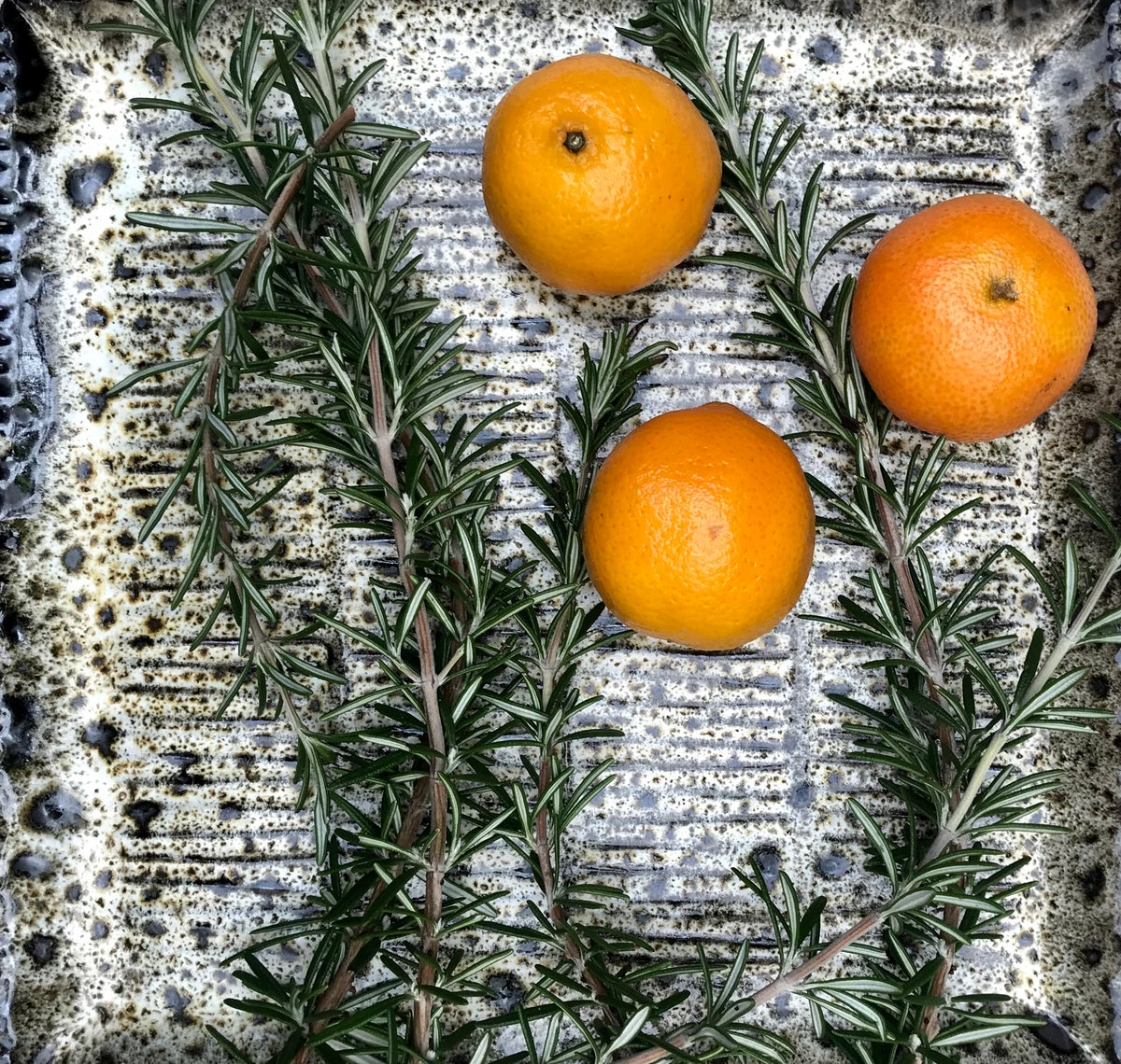 Winter platter, ribbed & frosty