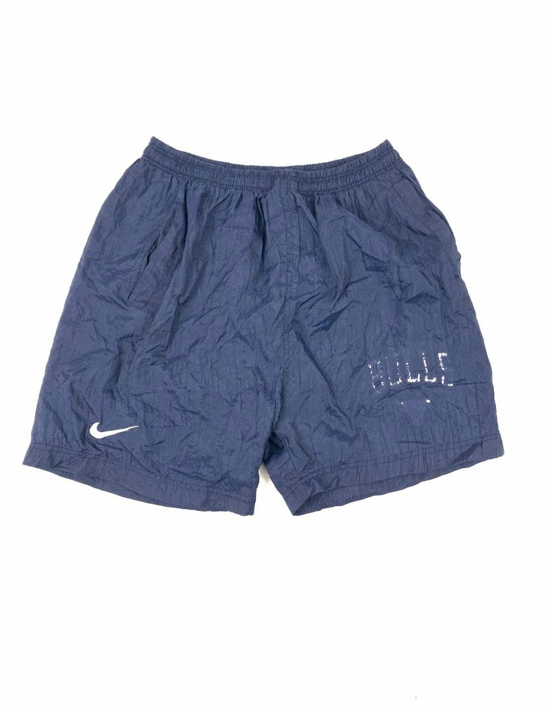 Image of Vintage Nike Bulls Shorts M (Pre-Owned)