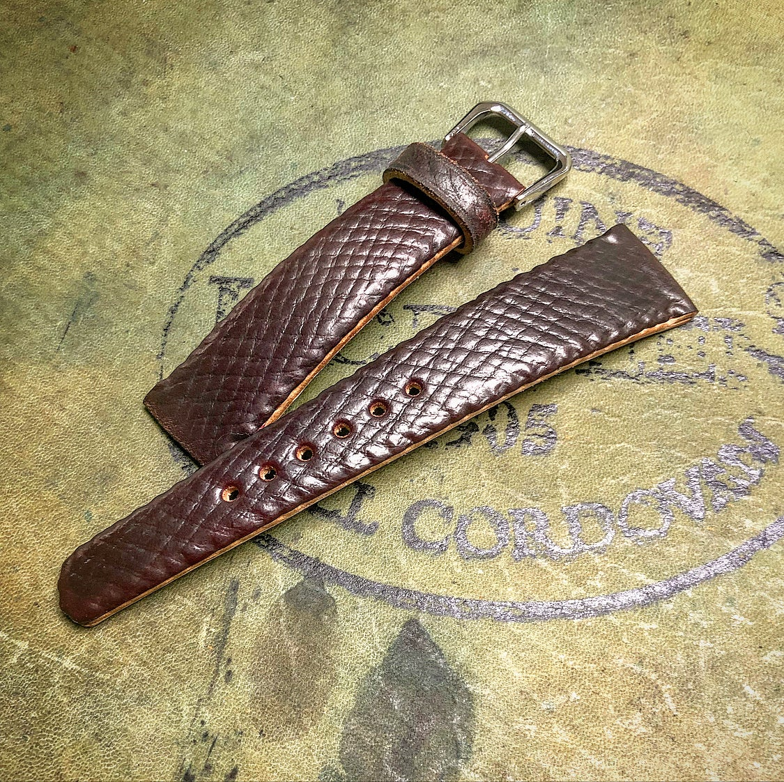 Image of N°8 RG SECRET STITCHING Horween Shell Cordovan Watchstrap