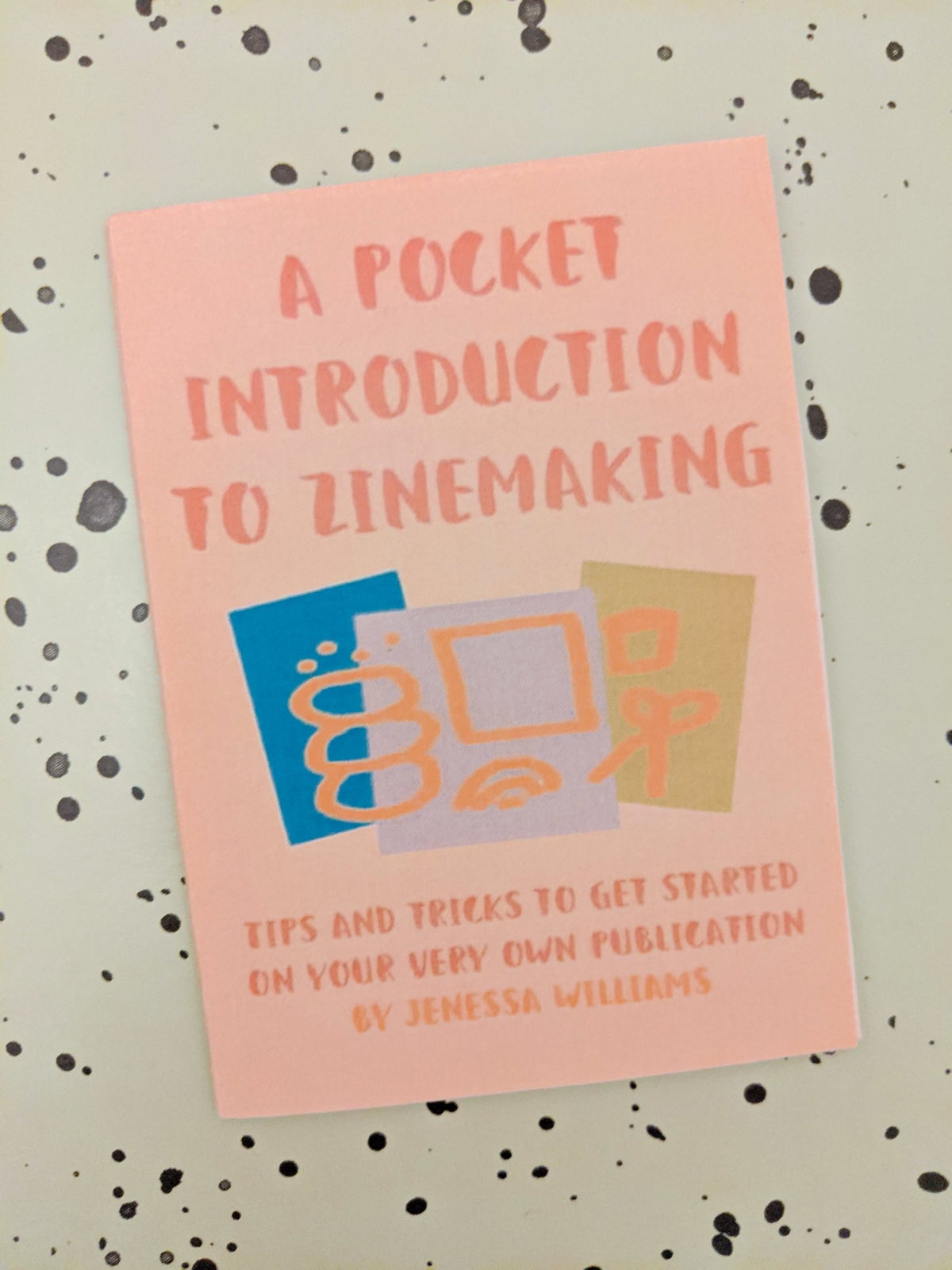 Image of A Pocket Introduction To Zinemaking