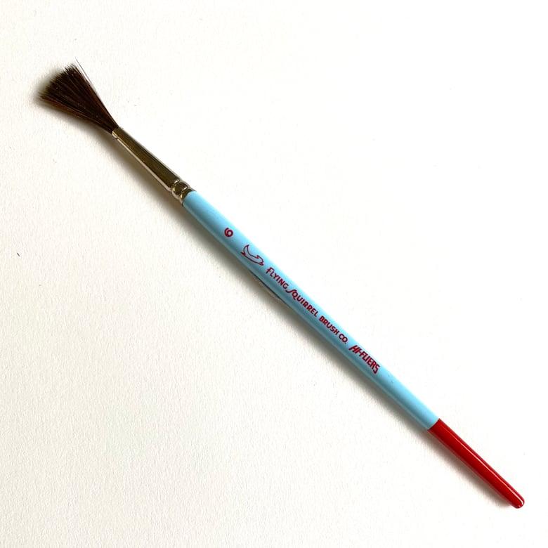 Image of Hi-Flyer Brush size 6