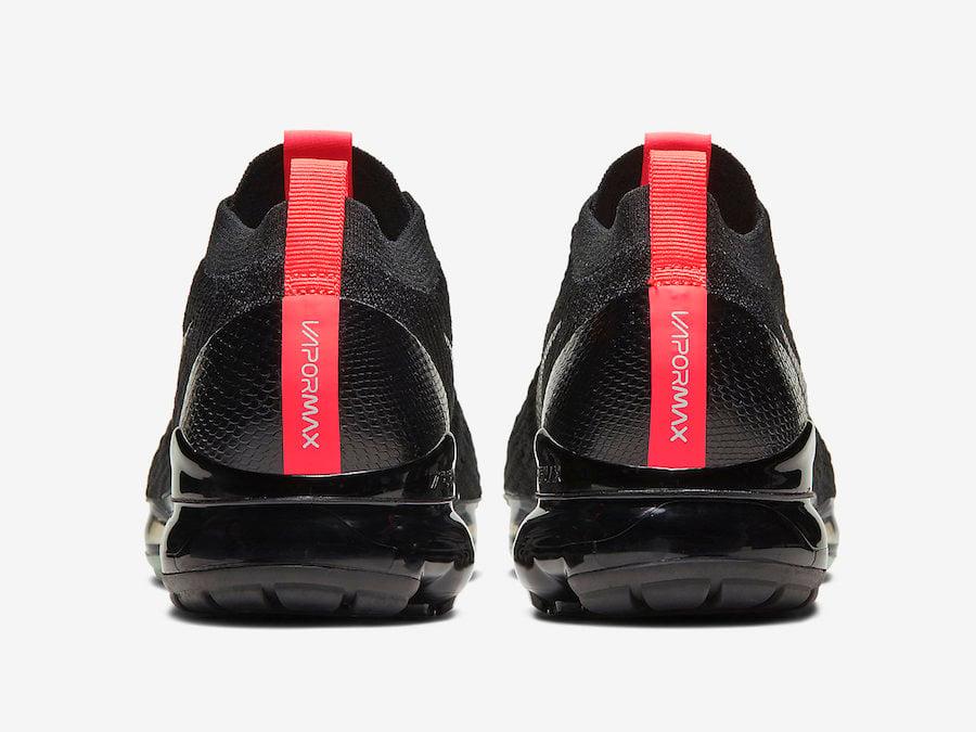 all black vapormax 3