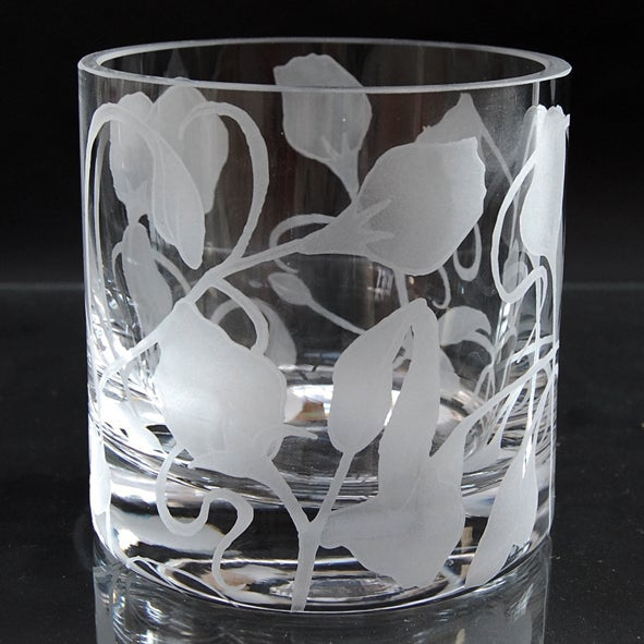 Image of Large tealight holder with sweetpeas design