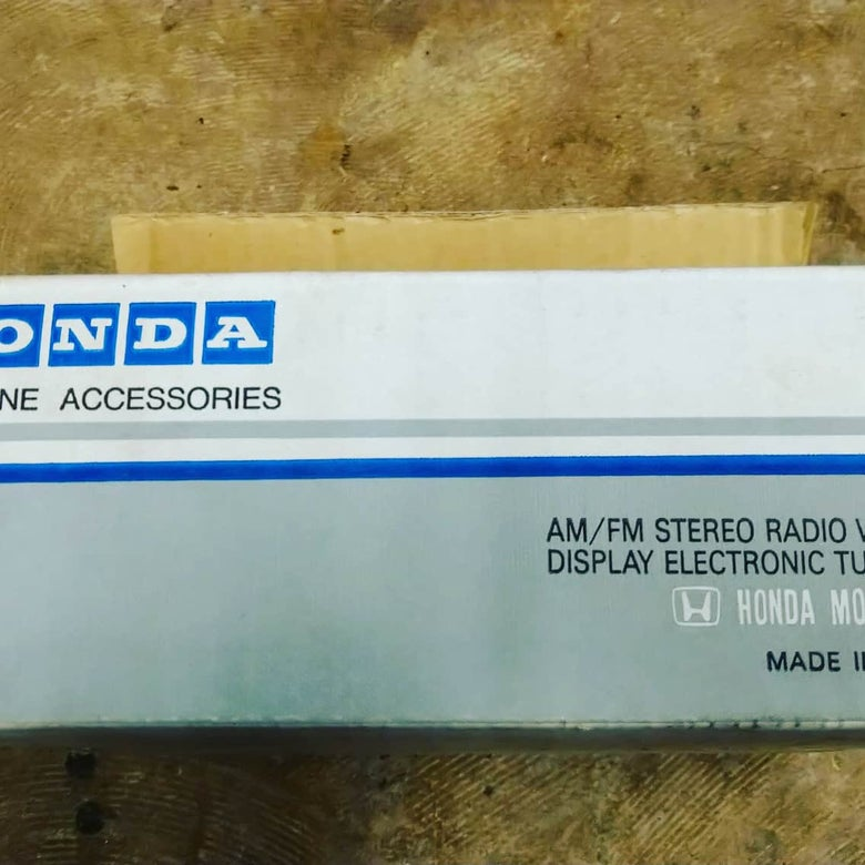 Image of Brand NEW in box Honda Civic Radio