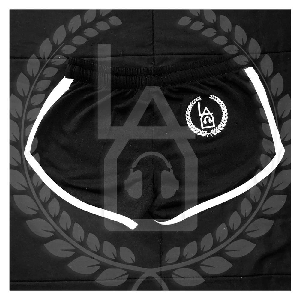 Image of LAU | White On Black Shorts