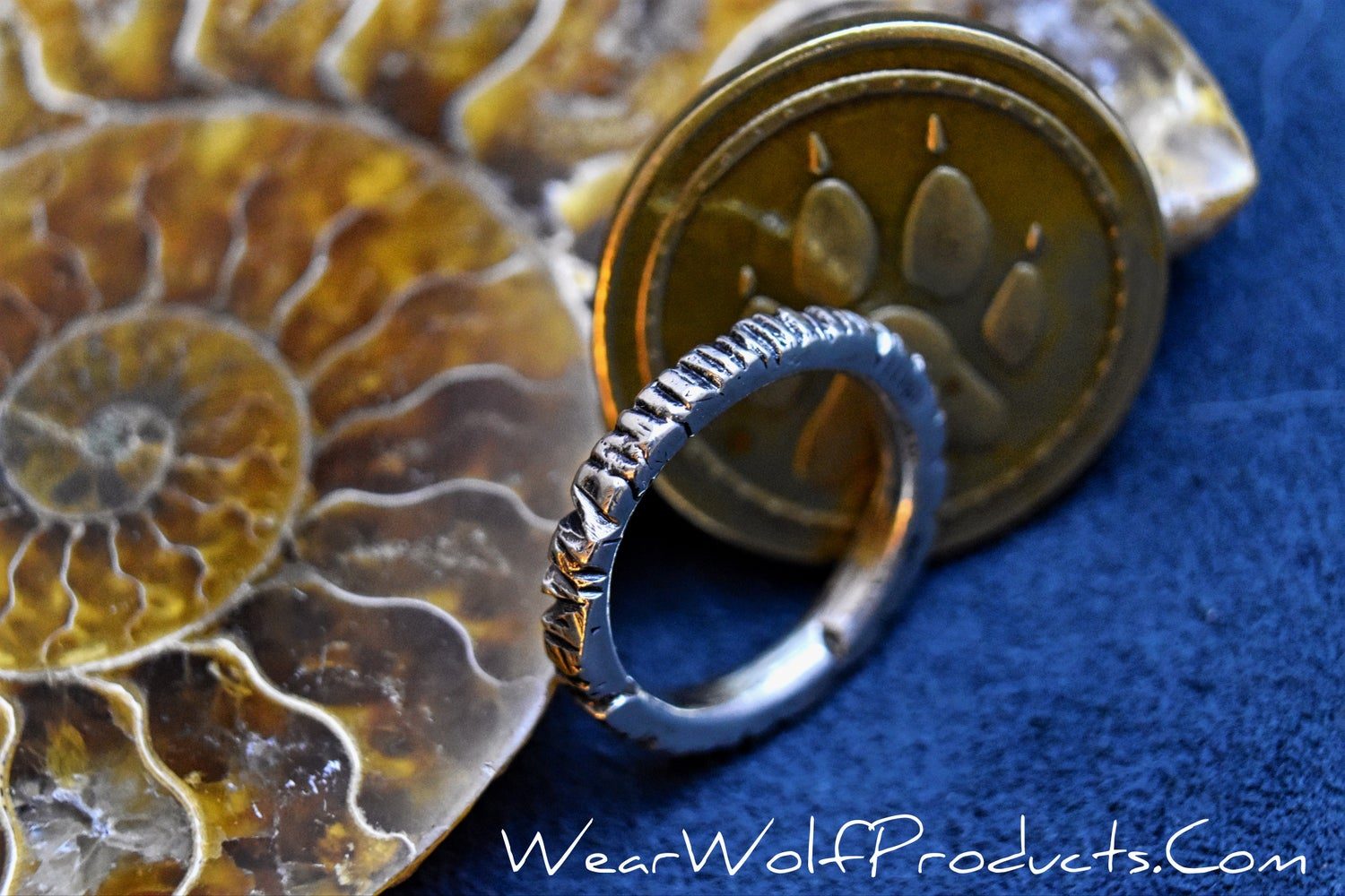 Image of  925 sterling silver carved ring size 5 1/2