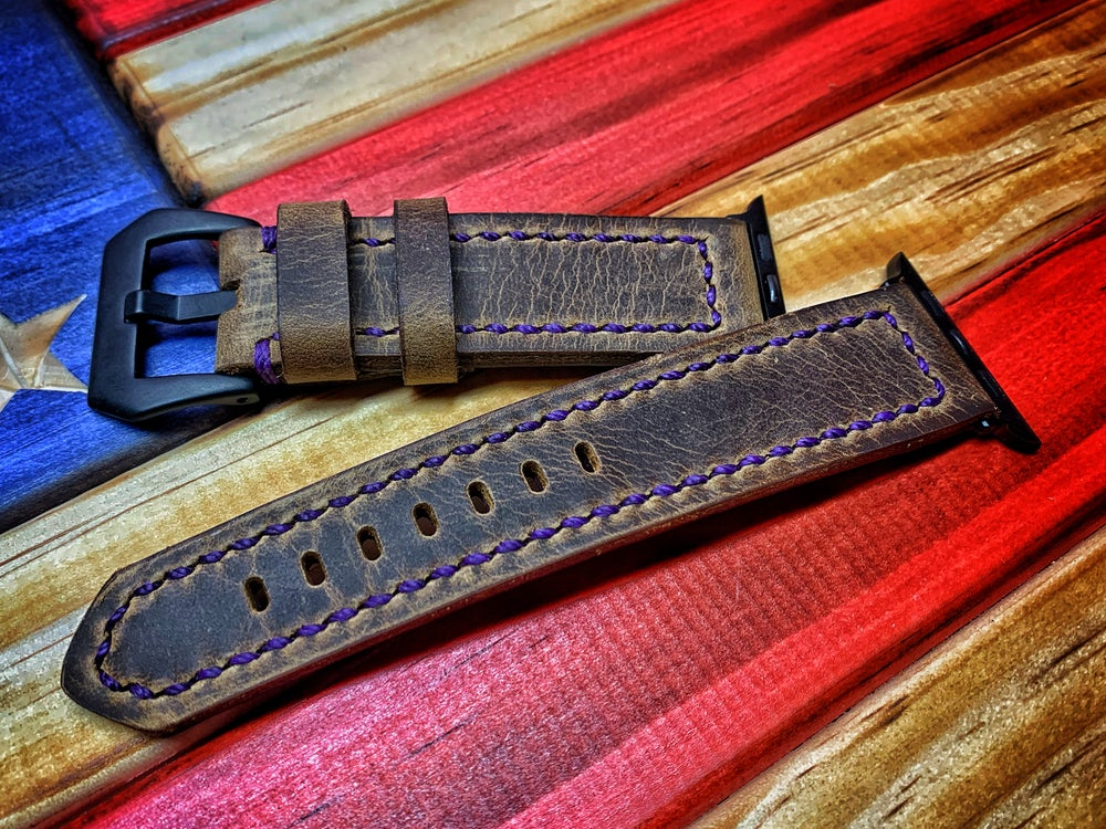 Image of Custom Leather Apple Watch Band w/Hardware