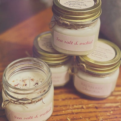 Image of Sea salt & orchid soy candle