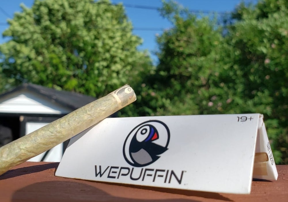 Image of 10 packs of WePuffin Rolling Papers (Size 1.25) (FREE SHIPPING INCLUDED)