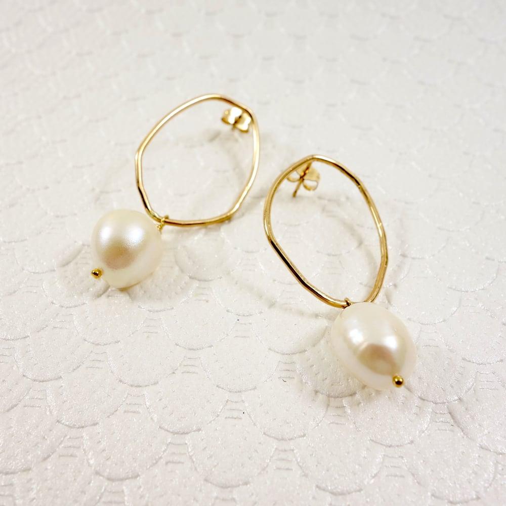 Image of Baroque Organic Earring