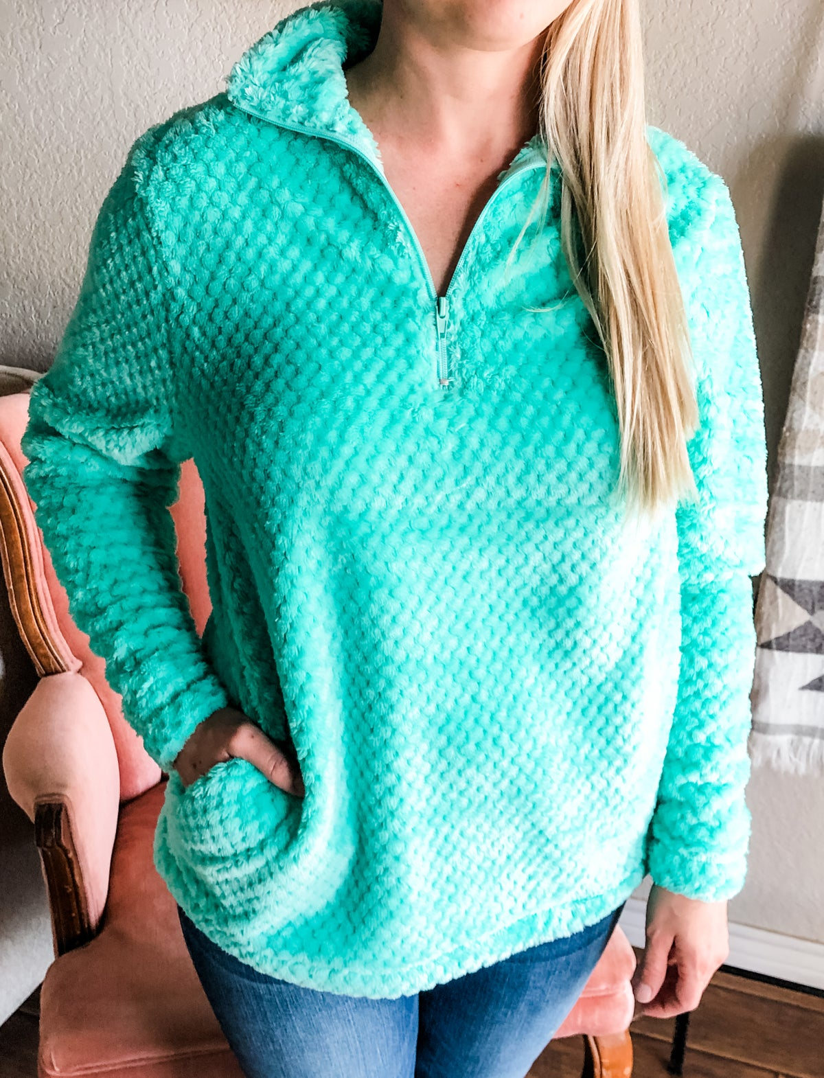Image of Turquoise Pullover