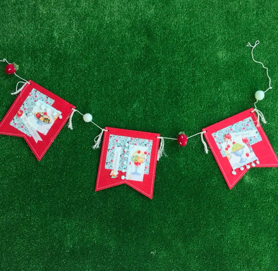Image of Valentines Day Felt Bunting