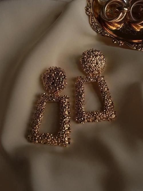 Image of Amore Earrings