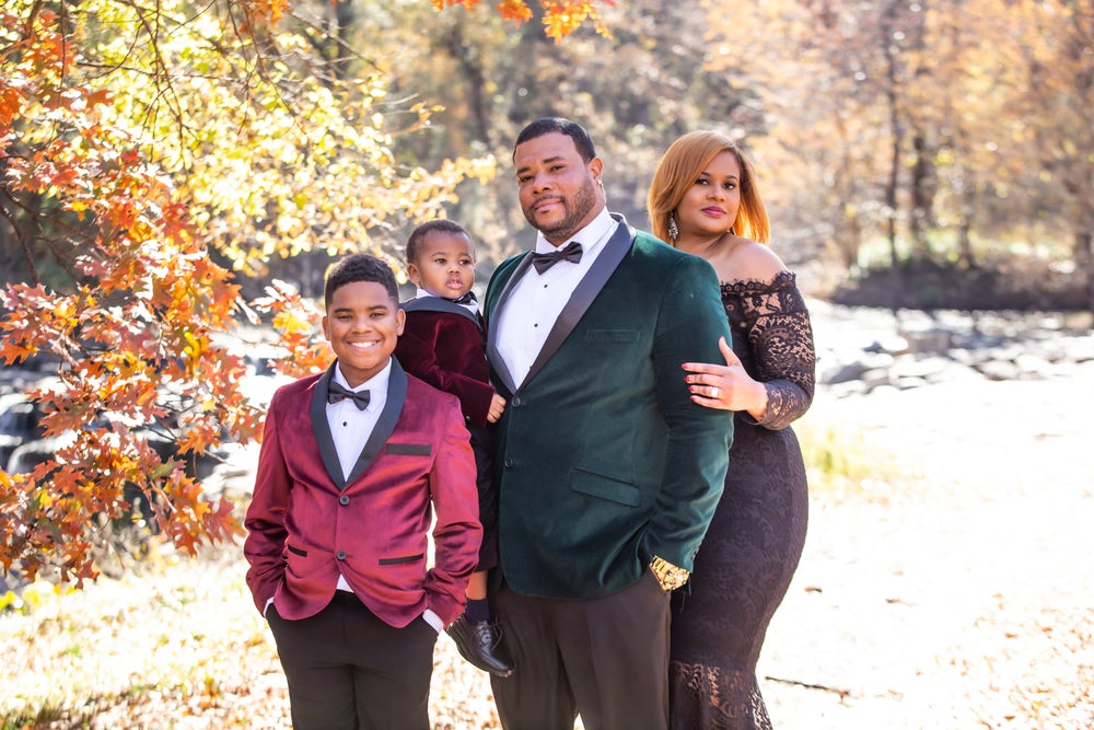 Image of Family sessions - On location & studio $150 RETAINER