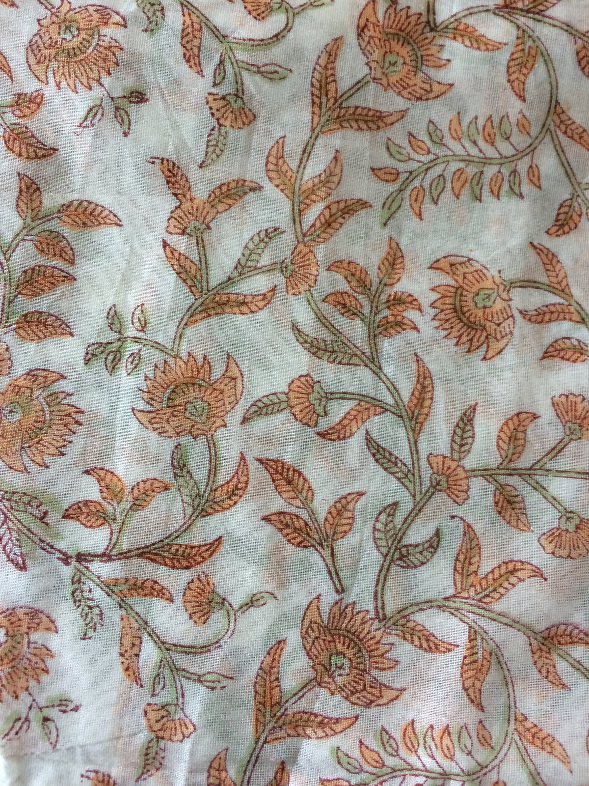Image of Coupon 90 cm Chanderi fleurs oranges