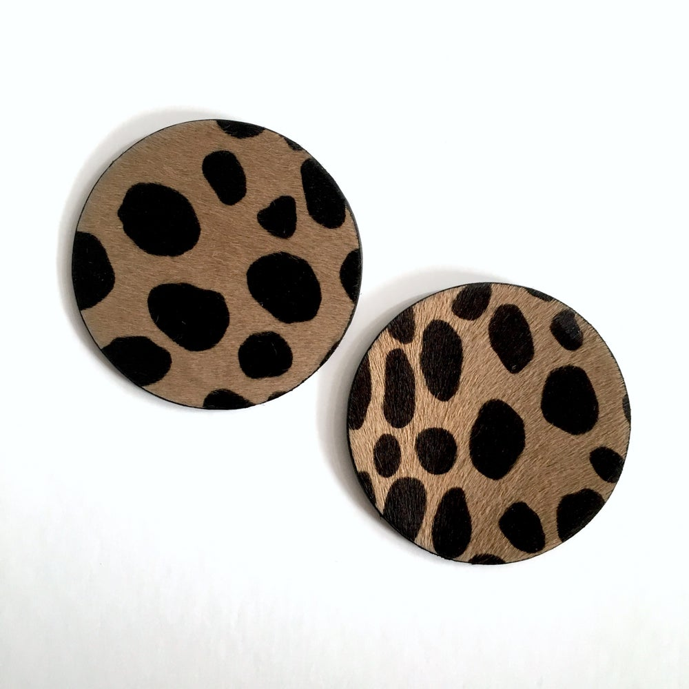 Image of ANIMAL PRINT DISC EARRINGS