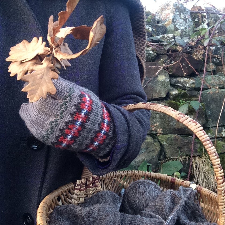 Image of Handknitted Fair Isle gloves