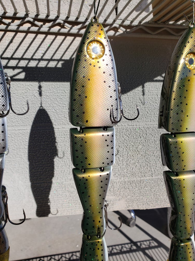 Image of 14 inch. 8 ozs. FLOATING cut tail. Scaled Light Trout.