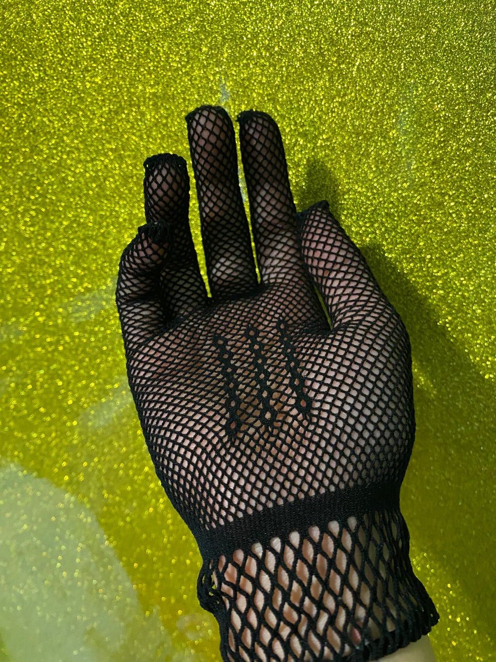 Fishnet Gothy Gloves (OS)