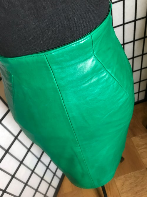 Image of Michael Hoban North Beach Skirt (Size 5/6)