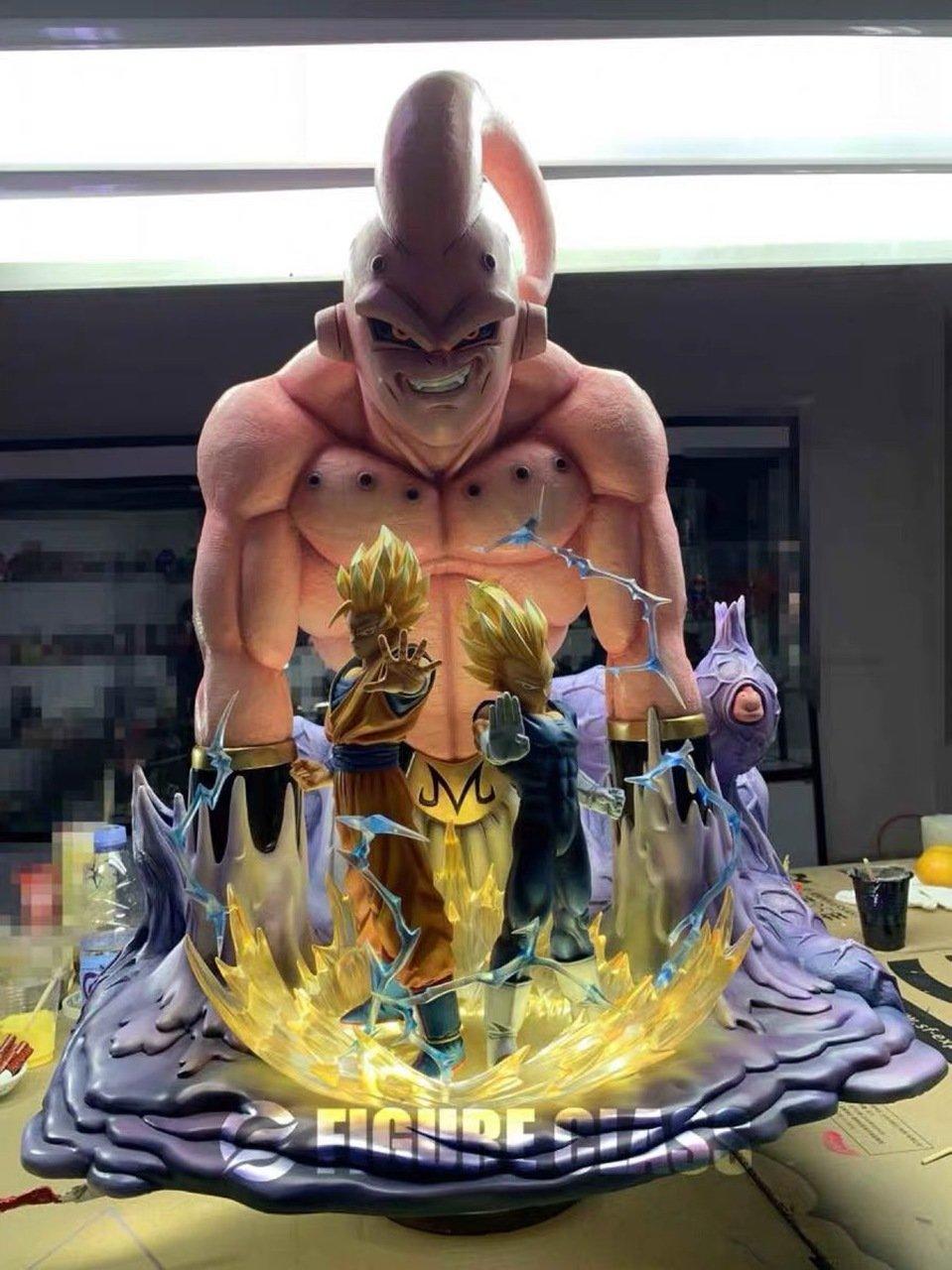 Image of Figure Class Goku Vegeta vs. Super Buu + Extra Gohan Diorama 1/6