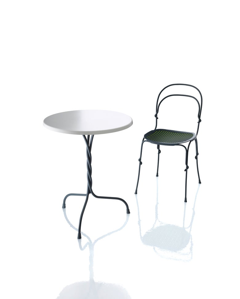 Image of Vigna Cafe Table