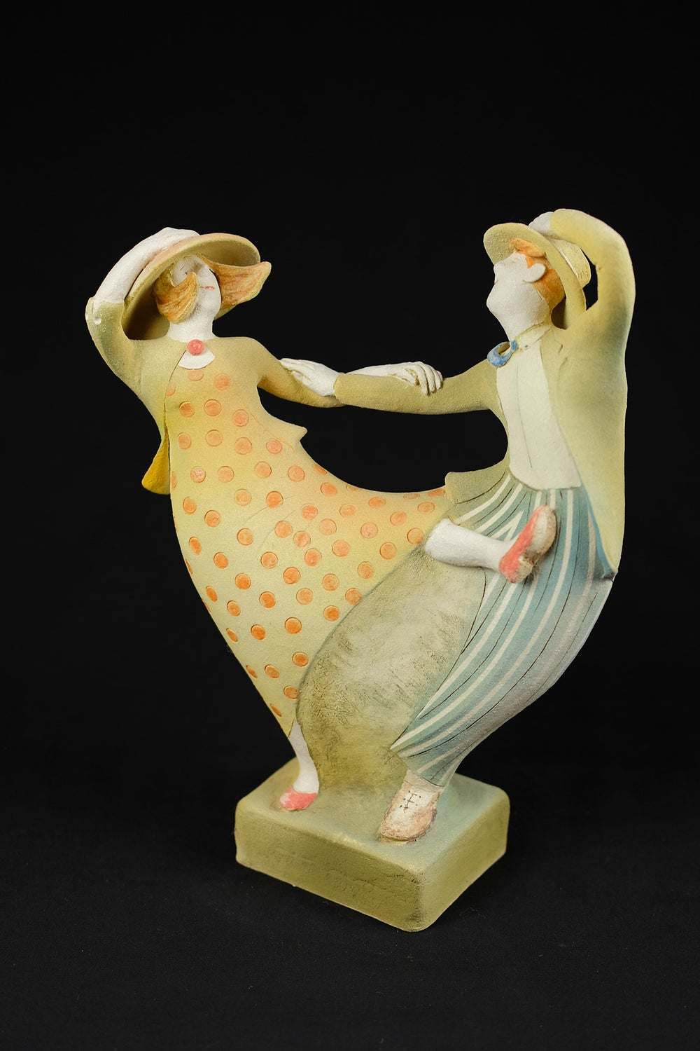 Image of JAN MAYLE 'NIGHT ON THE TOWN' CERAMIC SCULPTURE