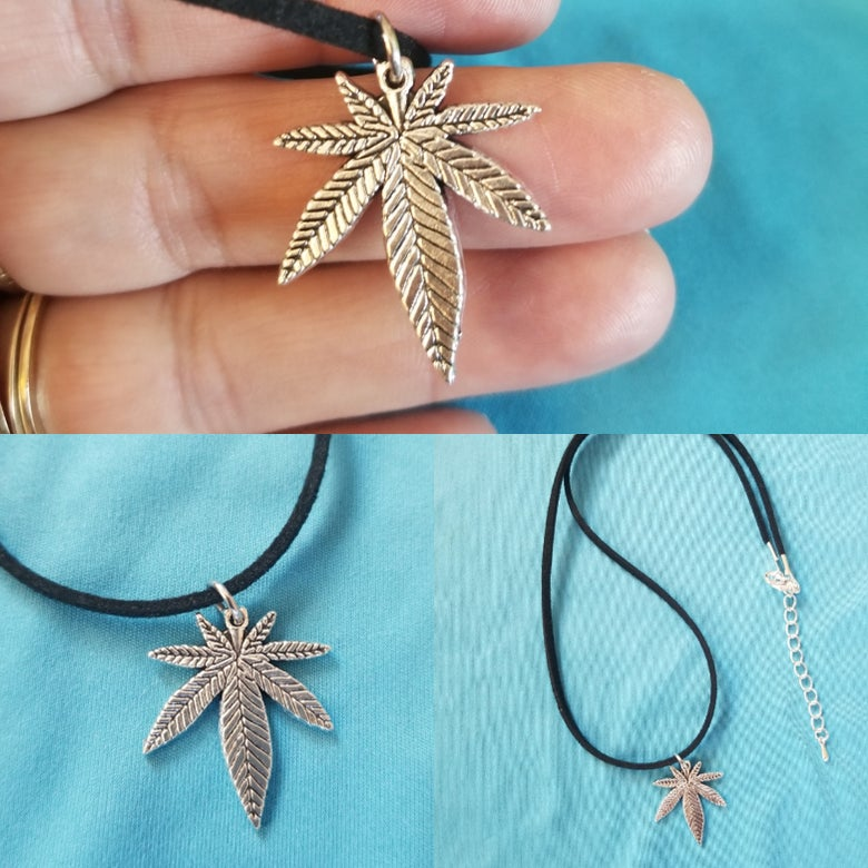Image of POT LEAF necklace