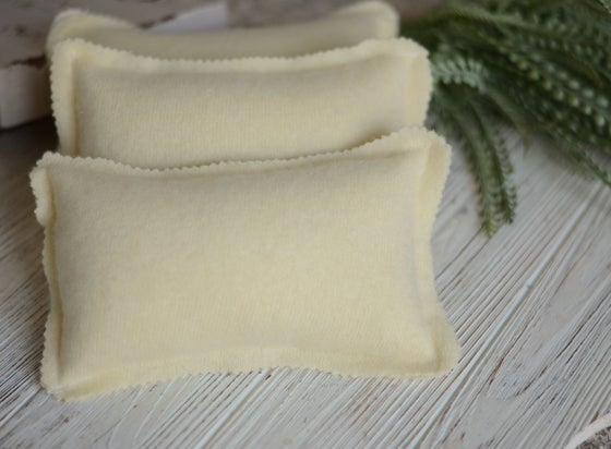 Image of Cashmere pillow yellow