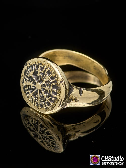 Image of VEGVISIR RING :: VIKING COMPASS :: VIKING RING