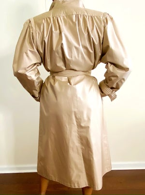 Image of Vintage Champagne Trench Raincoat - Size 6