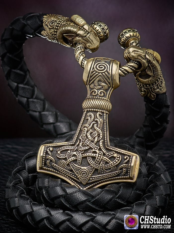 Thor's Hammer : MJOLNIR + Leather Necklace