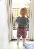 Image of Babyshorts i bladmønster