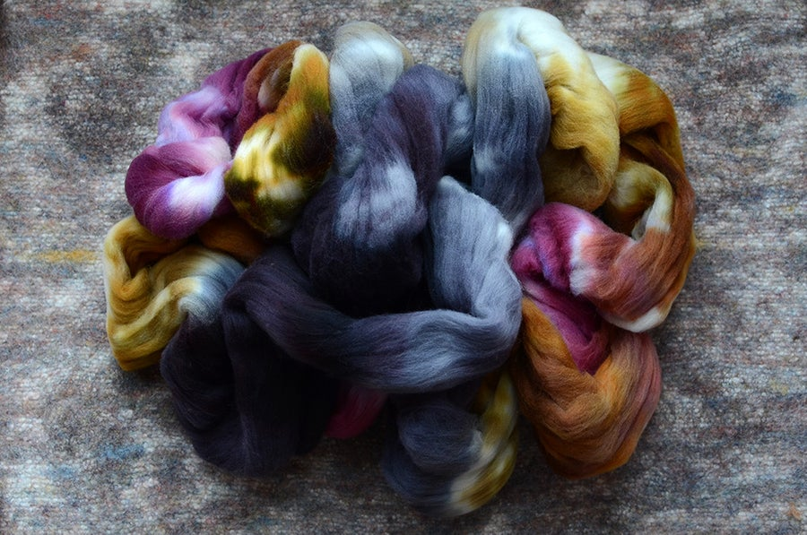 "Image of ""Marvels"" Rambouillet Spinning Fiber - 4 oz."