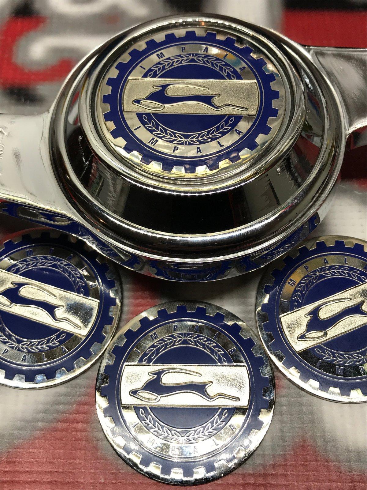 Image of Impala blue chrome chips
