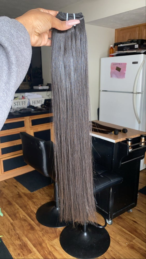 Image of Raw Vietnamese 3 bundle deal (Straight & natural wavy)