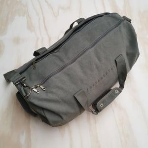 Image of Fundamental Barrel Bag