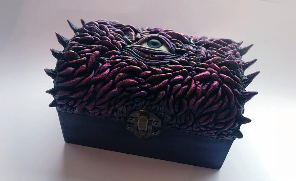 Image of Gorgos box