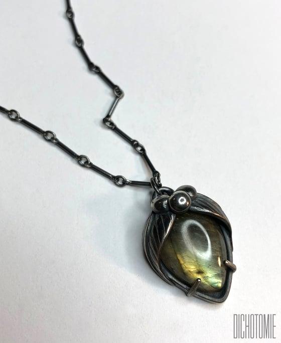 Image of La Belladonna Pendant // Labradorite