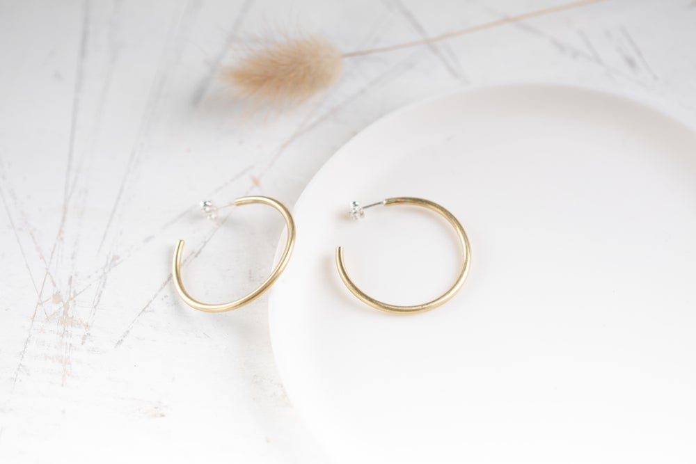Image of Minimal Hoops 3 sizes available in brass and silver