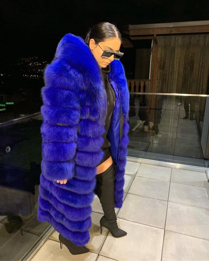 Image of Custom Fur Coat (oversized collar)