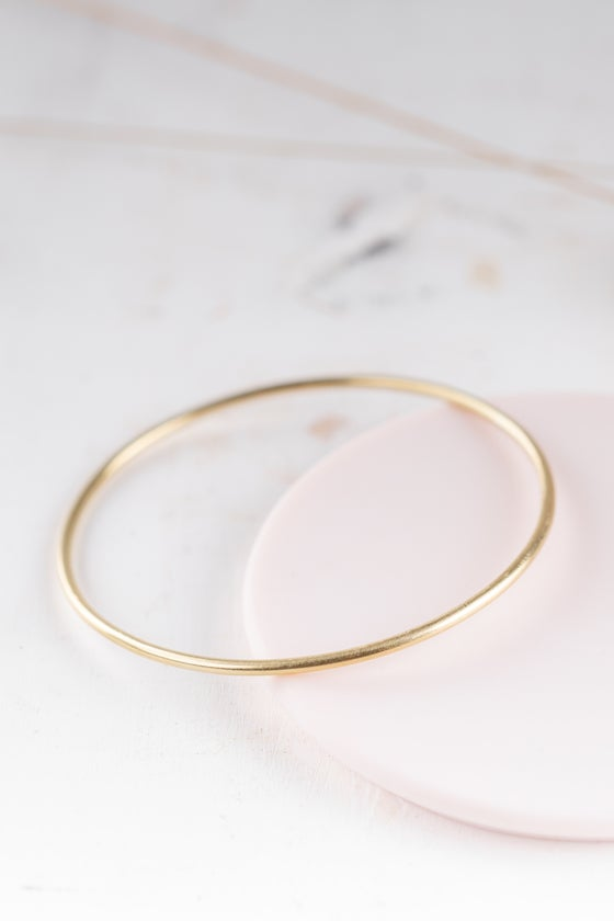 Image of Minimal Round Bangle