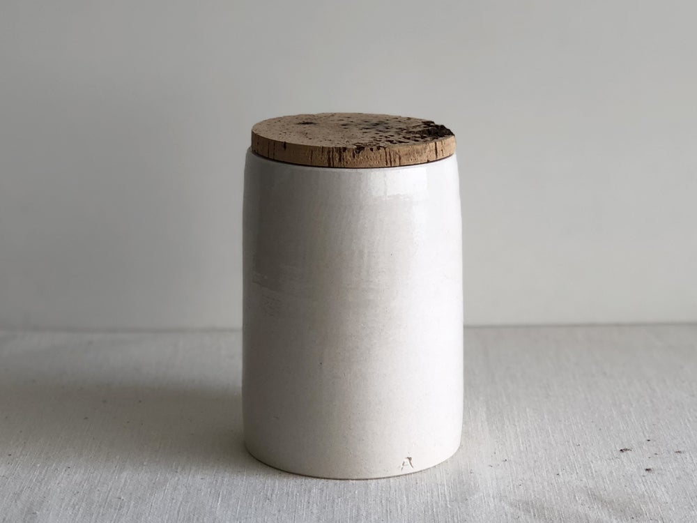Image of Alentejo cork white pot