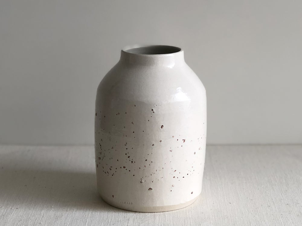 Image of Saibro clay vase