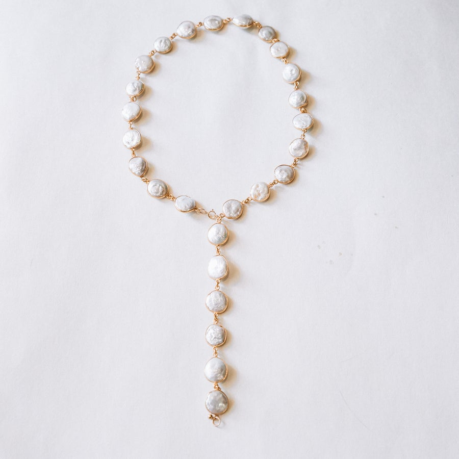 Image of The Large Freshwater Pearl Lariat