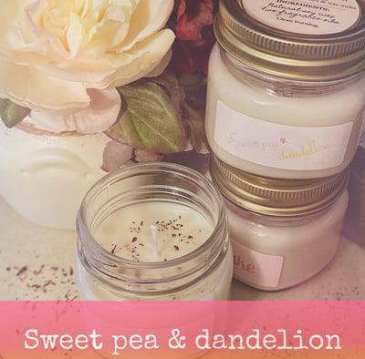 Image of Sweet pea & dandelion soy candle