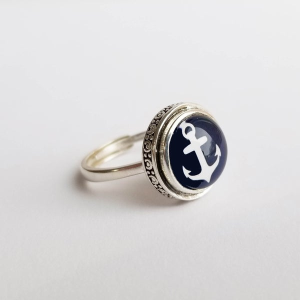 Image of Anchors Aweigh Sterling Ring (Large) – Navy