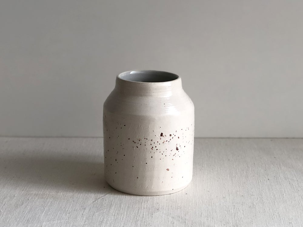 Image of Saibro white clay and granite medium vessel